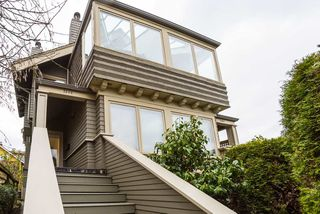 Photo 2: 2640 POINT GREY Road in Vancouver: Kitsilano Townhouse for sale (Vancouver West)  : MLS®# R2412070