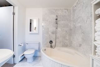 Photo 16: 2640 POINT GREY Road in Vancouver: Kitsilano Townhouse for sale (Vancouver West)  : MLS®# R2412070