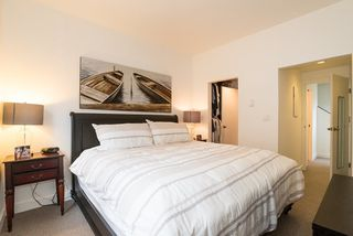 Photo 18: 2640 POINT GREY Road in Vancouver: Kitsilano Townhouse for sale (Vancouver West)  : MLS®# R2412070