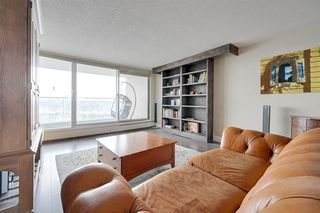 Photo 2: 801 11920 100 Avenue in Edmonton: Zone 12 Condo for sale : MLS®# E4192543
