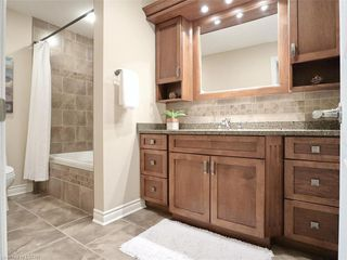 Photo 26: 34 GARDENVALE Crescent in London: South N Residential for sale (South)  : MLS®# 258059