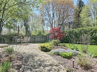 Photo 45: 34 GARDENVALE Crescent in London: South N Residential for sale (South)  : MLS®# 258059
