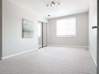 Photo 36: 34 GARDENVALE Crescent in London: South N Residential for sale (South)  : MLS®# 258059