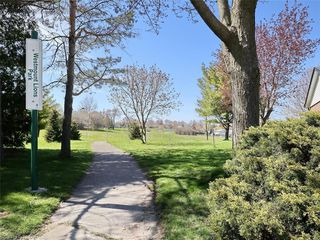 Photo 49: 34 GARDENVALE Crescent in London: South N Residential for sale (South)  : MLS®# 258059