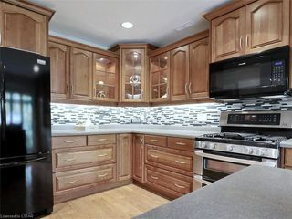 Photo 19: 34 GARDENVALE Crescent in London: South N Residential for sale (South)  : MLS®# 258059