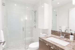 """Photo 20: 1602 112 E 13 Street in North Vancouver: Central Lonsdale Condo for sale in """"Centreview"""" : MLS®# R2469176"""