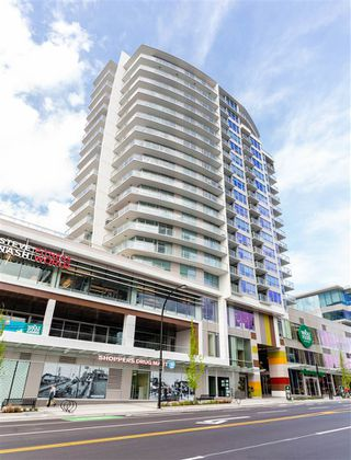 """Photo 37: 1602 112 E 13 Street in North Vancouver: Central Lonsdale Condo for sale in """"Centreview"""" : MLS®# R2469176"""