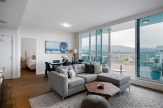 """Photo 7: 1602 112 E 13 Street in North Vancouver: Central Lonsdale Condo for sale in """"Centreview"""" : MLS®# R2469176"""