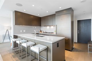 """Photo 12: 1602 112 E 13 Street in North Vancouver: Central Lonsdale Condo for sale in """"Centreview"""" : MLS®# R2469176"""