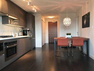 """Photo 4: 2509 13750 100 Avenue in Surrey: Whalley Condo for sale in """"PARK AVENUE"""" (North Surrey)  : MLS®# R2479656"""