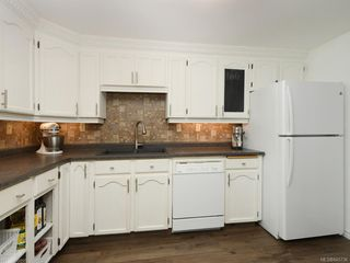 Photo 9: 111 3048 Washington Ave in : Vi Rock Bay Row/Townhouse for sale (Victoria)  : MLS®# 845736