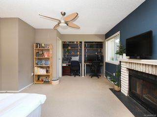 Photo 13: 111 3048 Washington Ave in : Vi Rock Bay Row/Townhouse for sale (Victoria)  : MLS®# 845736