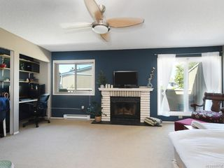 Photo 11: 111 3048 Washington Ave in : Vi Rock Bay Row/Townhouse for sale (Victoria)  : MLS®# 845736