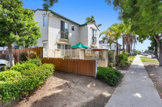 Photo 5: PACIFIC BEACH Townhouse for sale : 3 bedrooms : 1219 Felspar St #3 in San Diego