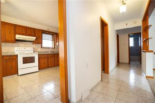 Photo 8: 533 Jefferson Avenue in Winnipeg: West Kildonan Residential for sale (4D)  : MLS®# 202025240