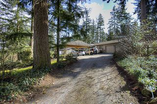 Photo 1: 15712 MOUNTAIN VIEW Drive in Surrey: Grandview Surrey House for sale (South Surrey White Rock)  : MLS®# F1107100