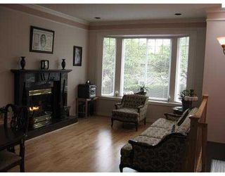 Photo 3: 552 E 50TH Avenue in Vancouver: South Vancouver House for sale (Vancouver East)  : MLS®# V877467
