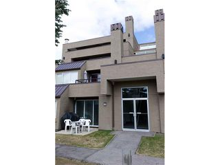 Photo 11: 5 108 VILLAGE Heights SW in CALGARY: Prominence Patterson Condo for sale (Calgary)  : MLS®# C3486250