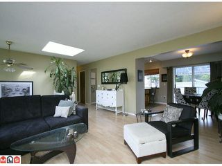 Photo 4: 10248 MICHEL Place in Surrey: Whalley House for sale (North Surrey)  : MLS®# F1123701