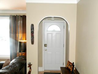 Photo 2: 23 St Louis Road in WINNIPEG: St Vital Residential for sale (South East Winnipeg)  : MLS®# 1201098