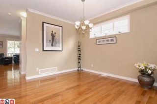 Photo 3: 15479 GOGGS AV in White Rock: House for sale : MLS®# F1105356
