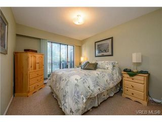 Photo 8: VICTORIA REAL ESTATE = QUADRA CONDO HOME Sold With Ann Watley! Call (250) 656-0131