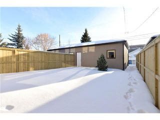 Photo 20: 329 18 Avenue NW in CALGARY: Mount Pleasant Residential Attached for sale (Calgary)  : MLS®# C3594923