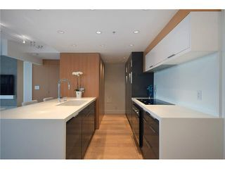 "Photo 12: 1203 918 COOPERAGE Way in Vancouver: Yaletown Condo for sale in ""THE MARINER"" (Vancouver West)  : MLS®# V1048985"