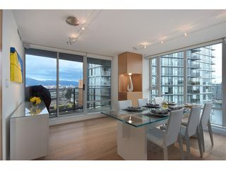 "Photo 3: 1203 918 COOPERAGE Way in Vancouver: Yaletown Condo for sale in ""THE MARINER"" (Vancouver West)  : MLS®# V1048985"