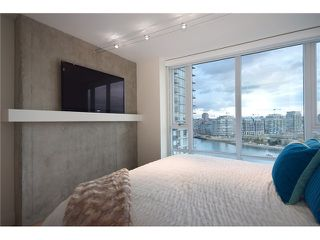 "Photo 5: 1203 918 COOPERAGE Way in Vancouver: Yaletown Condo for sale in ""THE MARINER"" (Vancouver West)  : MLS®# V1048985"