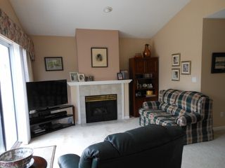 "Photo 2: 49 20751 87 Avenue in Langley: Walnut Grove Townhouse for sale in ""Summerfield"" : MLS®# F1409432"