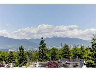 "Photo 5: 3739 W 24TH Avenue in Vancouver: Dunbar House for sale in ""DUNBAR"" (Vancouver West)  : MLS®# V1069303"