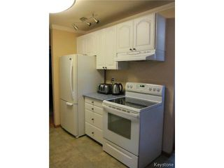 Photo 5: 23 Marquis Crescent in WINNIPEG: Maples / Tyndall Park Residential for sale (North West Winnipeg)  : MLS®# 1426156
