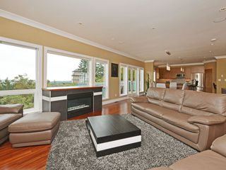 Photo 2: 2615 Ruby Crt in VICTORIA: La Mill Hill Single Family Detached for sale (Langford)  : MLS®# 699853