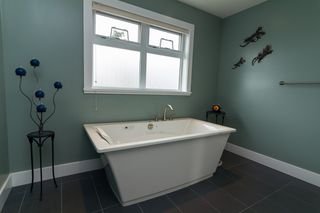 Photo 10: 2615 Ruby Court in VICTORIA: La Mill Hill Single Family Detached for sale (Langford)  : MLS®# 350259