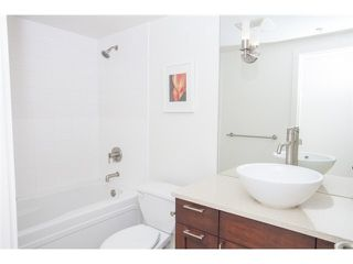 "Photo 9: 104 3595 W 18TH Avenue in Vancouver: Dunbar Townhouse for sale in ""DUKE ON DUNBAR"" (Vancouver West)  : MLS®# V1123567"