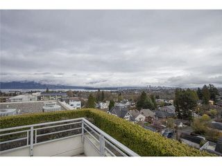 "Photo 18: 104 3595 W 18TH Avenue in Vancouver: Dunbar Townhouse for sale in ""DUKE ON DUNBAR"" (Vancouver West)  : MLS®# V1123567"