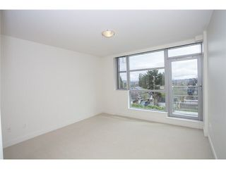 "Photo 7: 104 3595 W 18TH Avenue in Vancouver: Dunbar Townhouse for sale in ""DUKE ON DUNBAR"" (Vancouver West)  : MLS®# V1123567"
