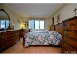Photo 8: 206 439 Cook St in VICTORIA: Vi Fairfield West Condo for sale (Victoria)  : MLS®# 706865
