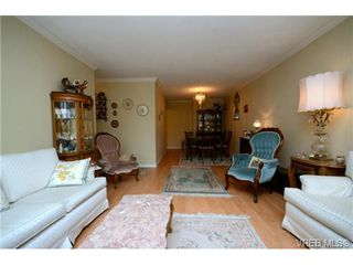 Photo 5: 206 439 Cook St in VICTORIA: Vi Fairfield West Condo for sale (Victoria)  : MLS®# 706865