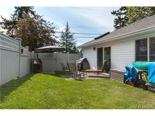 Photo 16: 3 1968 Cultra Ave in SAANICHTON: CS Saanichton Row/Townhouse for sale (Central Saanich)  : MLS®# 711060