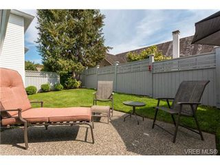 Photo 17: 3 1968 Cultra Ave in SAANICHTON: CS Saanichton Row/Townhouse for sale (Central Saanich)  : MLS®# 711060