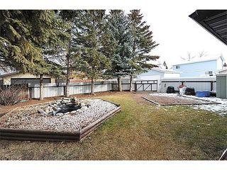 Photo 3: 12 MCKERNAN Court SE in Calgary: McKenzie Lake House for sale : MLS®# C4039610