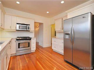 Photo 7: 1743 Pembroke Street in VICTORIA: Vi Fernwood Single Family Detached for sale (Victoria)  : MLS®# 359048