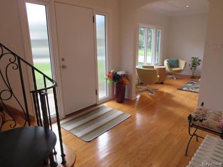 Photo 3: 444 Bredin Drive in WINNIPEG: East Kildonan Residential for sale (North East Winnipeg)  : MLS®# 1601677