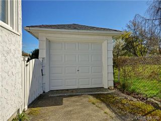 Photo 17: 2535 Empire St in VICTORIA: Vi Oaklands Single Family Detached for sale (Victoria)  : MLS®# 725738
