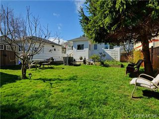 Photo 15: 2535 Empire St in VICTORIA: Vi Oaklands House for sale (Victoria)  : MLS®# 725738