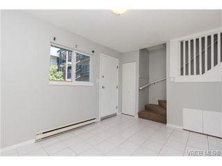 Photo 3: 212 991 Cloverdale Ave in VICTORIA: SE Quadra Condo for sale (Saanich East)  : MLS®# 730785