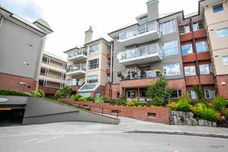 Photo 1: 203 12 K DE K Court in New Westminster: Quay Condo for sale : MLS®# R2079865