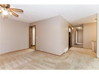 Photo 8: 12036 CANAVERAL Road SW in Calgary: Canyon Meadows House for sale : MLS®# C4069001